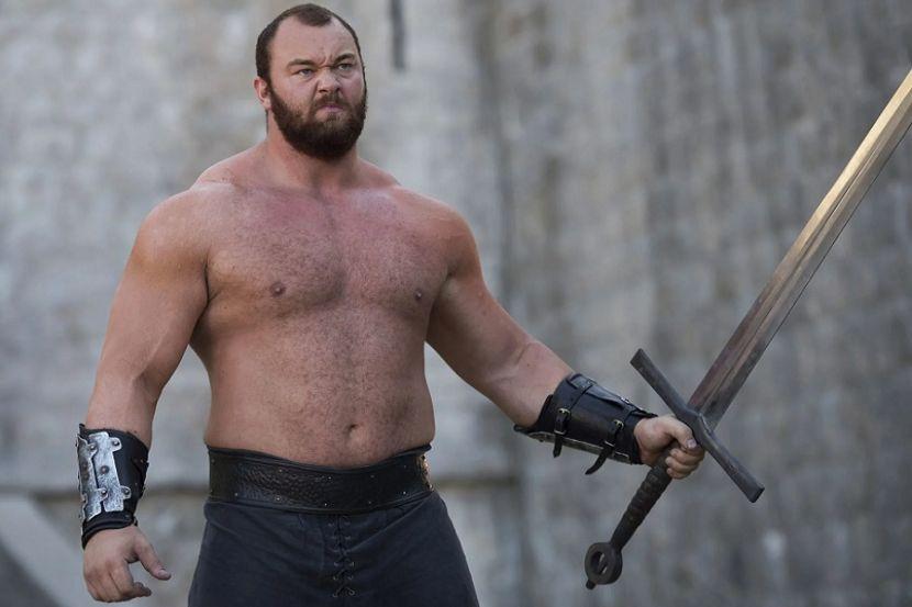 """Исландский актёр из """"Игры престолов"""" установил новый рекорд в становой тяге. Он поднял 501 кг"""