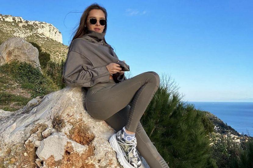 Обворожительная Севастьянова похвасталась идеальной фигурой в бикини. ФОТО