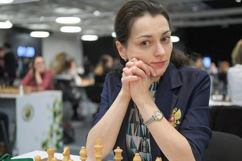 Россиянка Костенюк проиграла украинке Ушениной в Суперфинале онлайн-турнира WSCC