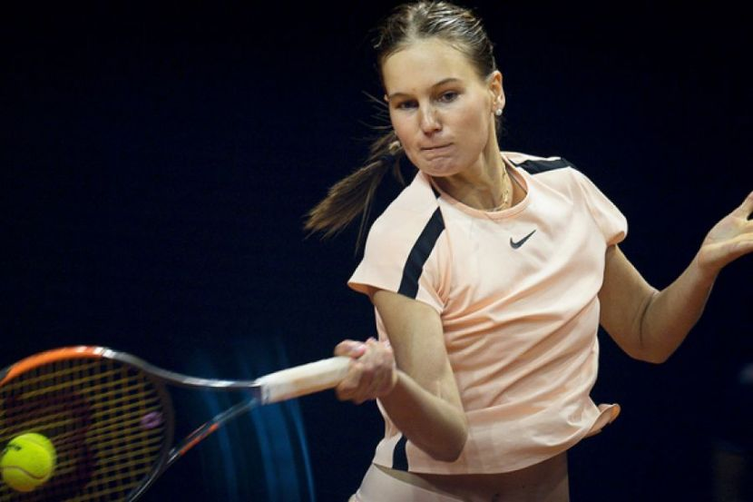 Кудерметова проиграла Бушар на старте турнира в Праге