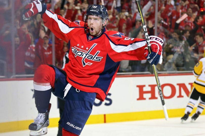 Кузнецов забросил вторую шайбу в плей-офф НХЛ. ВИДЕО