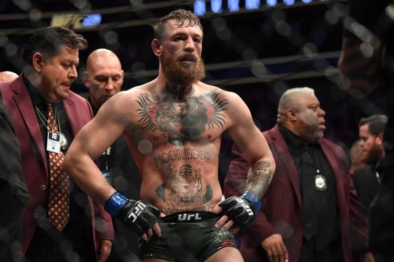 Андерсон Силва призвал UFC дать ему бой с Макгрегором