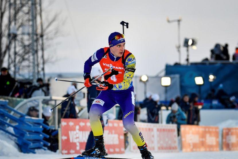 Биатлонист сборной Украины Пидручный гуляет с ребёнком на лыжероллерах. ВИДЕО