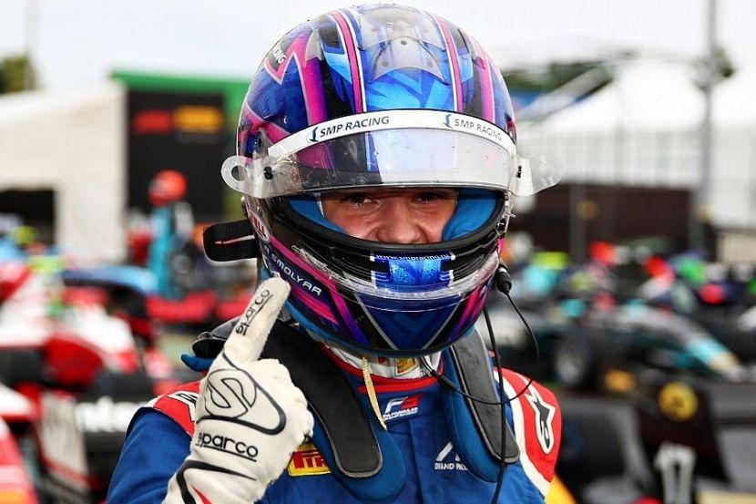 Зендели выиграл первую гонку Формулы-3 в Бельгии, Смоляр — четвёртый