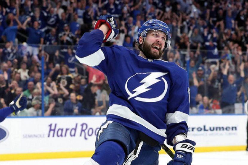 Источник: Получивший травму Кучеров сможет сыграть в первом матче финала Восточной конференции НХЛ