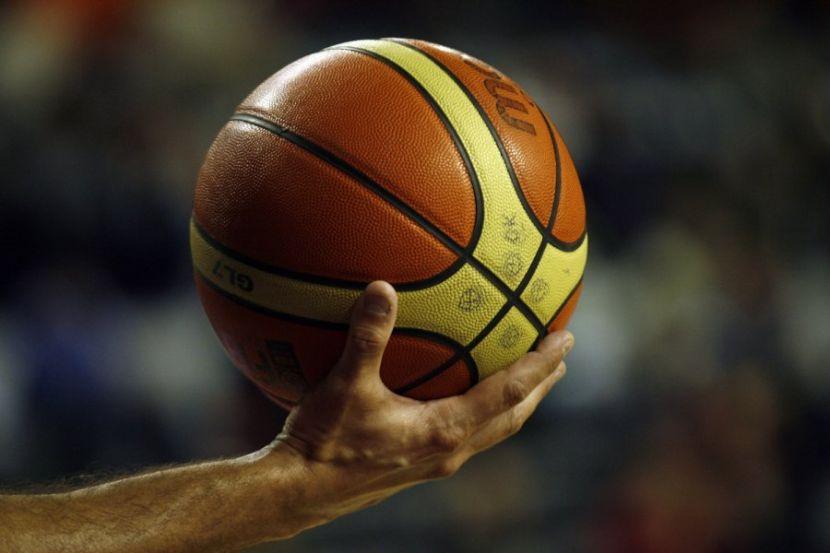 """""""Хьюстон"""" одержал победу в первом матче серии плей-офф НБА с """"Лейкерс"""""""