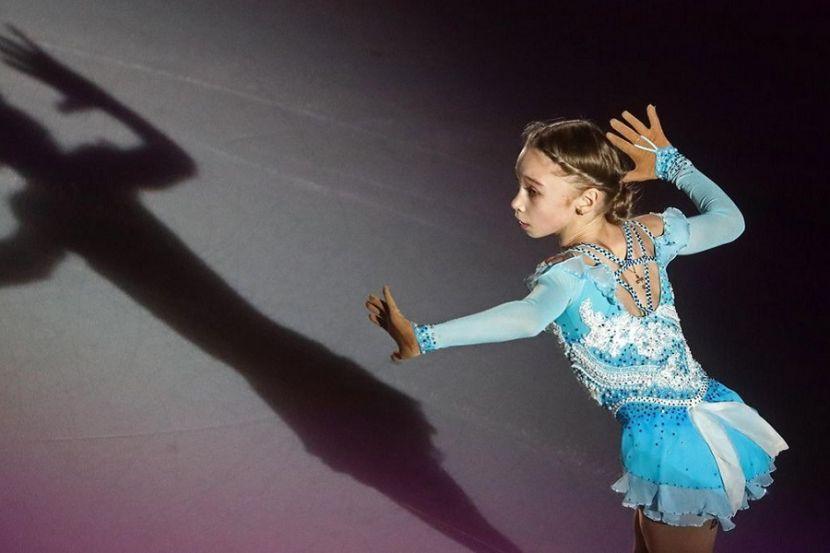 Невероятные юниоры России: Акатьева, Берестовская и Жилина исполнили четверные прыжки в Москве. ВИДЕО