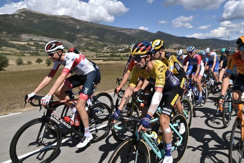 """Закарин финишировал 4-м на восьмом этапе """"Тур де Франс"""""""