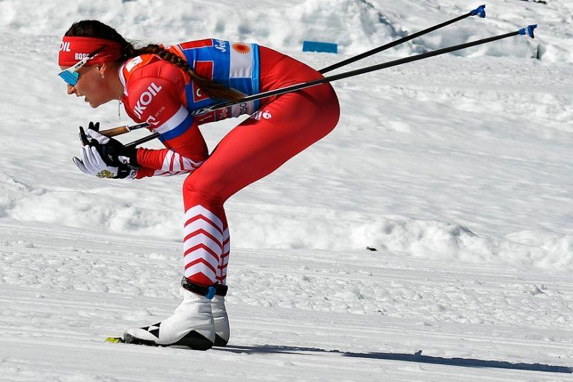 Лыжница Белорукова трогательно поприветствовала своего тренера после долгой разлуки. ВИДЕО