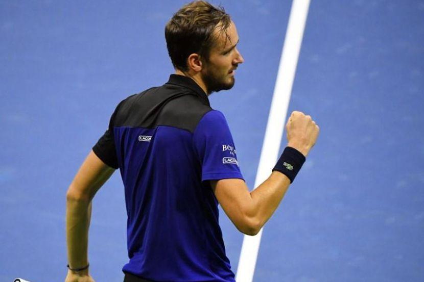 Как Медведев уничтожил Тиафо в видеообзоре матча US Open